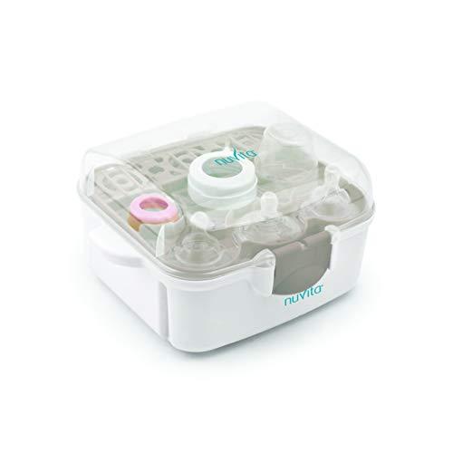 Nuvita 1085 Sterilizzatore a vapore per biberon, ciucci ed accessori per forno a microonde – Sterilizza fino a 3 biberon a collo largo in 2 minuti – Compatto e portatile, è dotato di maniglie anti-ustioni ed è privo di BPA e Ftalati