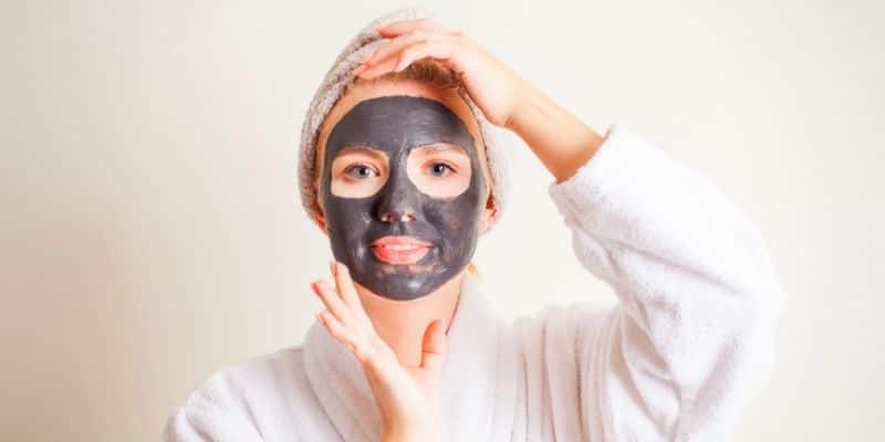 purificare pelle sauna facciale
