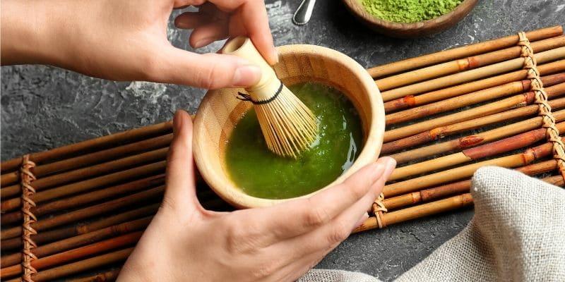 come si prepara il tè matcha