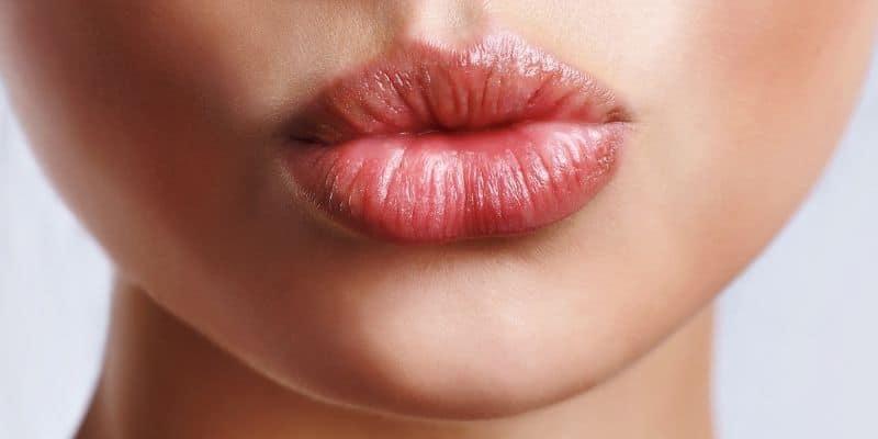 rimpolpare le labbra