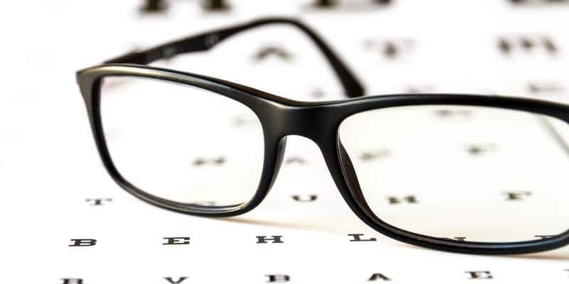 occhiali da vista autoregolabili